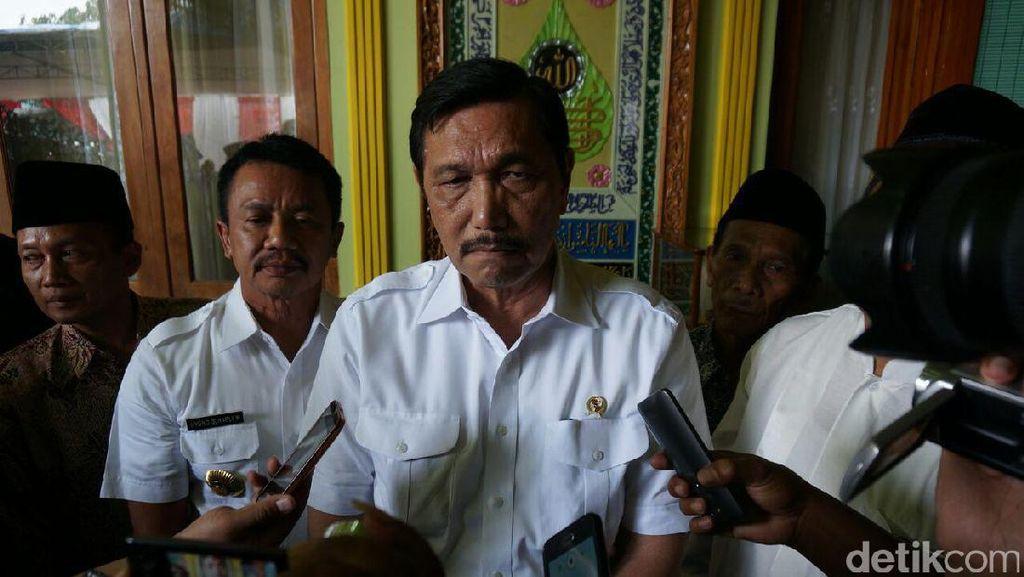 Ke Jombang, Luhut Telepon Menteri PUPR Minta Perbaiki Jembatan