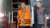 Hakim Cecar Ajudan Dirjen Pajak soal Paketan di Chat WA