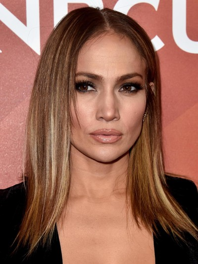 Foto  Makin Muda! Jennifer Lopez Potong Rambut Model Long Bob 233599dd33