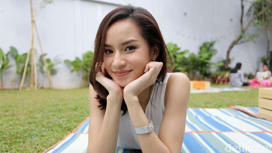 Ini Adinda Rizkyana, Si Cantik yang Hobi Nge-Game