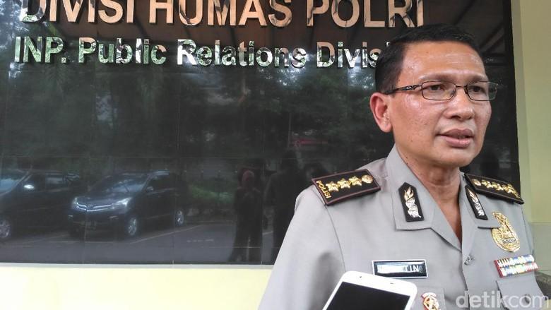Polisi: Anggota Didorong dan Ditampar Saat Tangkap Axel Thomas