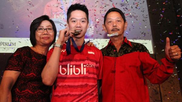 Kevin Sanjaya Selalu Berdoa dan Minta Restu Orang Tua Sebelum Tanding