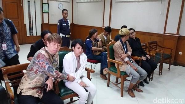 Jelang Putusan Cerai dengan Aming, Evelyn Akui Takut Dengar Vonisnya