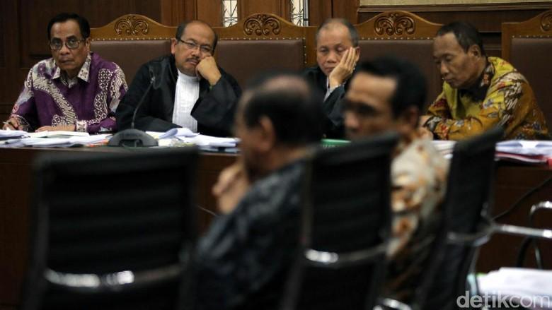 Jaksa Ungkap Kode Biru, Merah, Kuning di Bagi-bagi Uang e-KTP