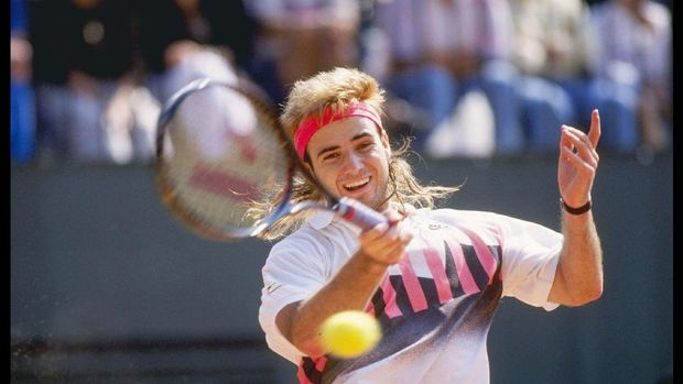 Petenis AS, Andre Agassi, saat tampil pada Prancis Terbuka
