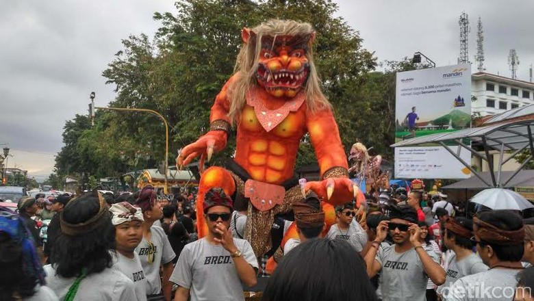 1.113 Ogoh-ogoh Siap Diarak Saat Malam Nyepi di Denpasar