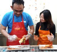 Membuat kimchi