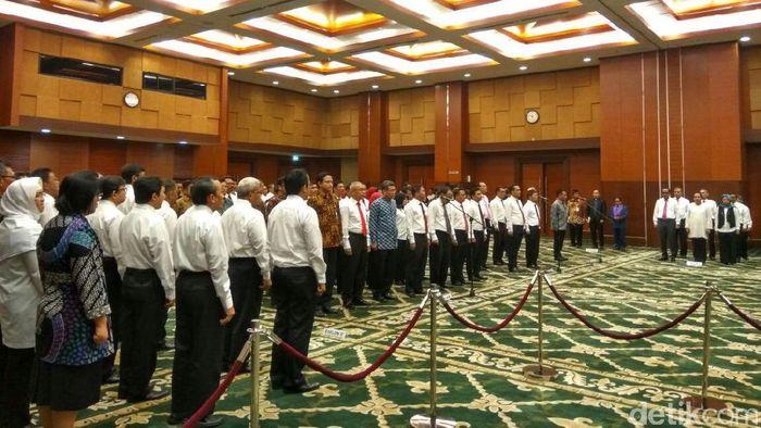 Pelantikan Pejabat Ditjen Pajak dan Ditjen Bea Cukai (Foto  Hendra Kusuma) 38658e59c9