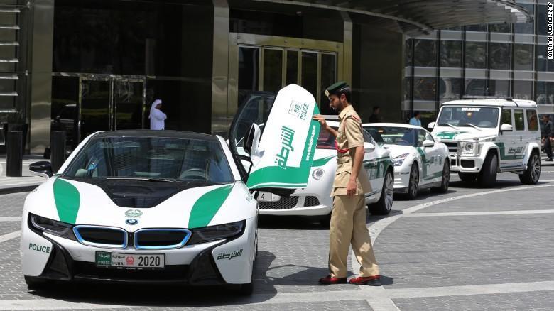 Armada Mobil Polisi Dubai