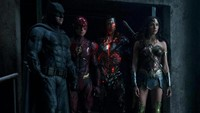 Kevin Costner Sebut Justice League Proyek Film Marvel