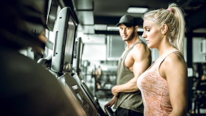 Olahraga bisa memperbaiki kehidupan seksual (Foto: thinkstock)