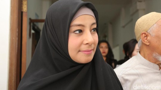 Putri Ingin Bebas dari Cinta Segitiga Al Habsyi