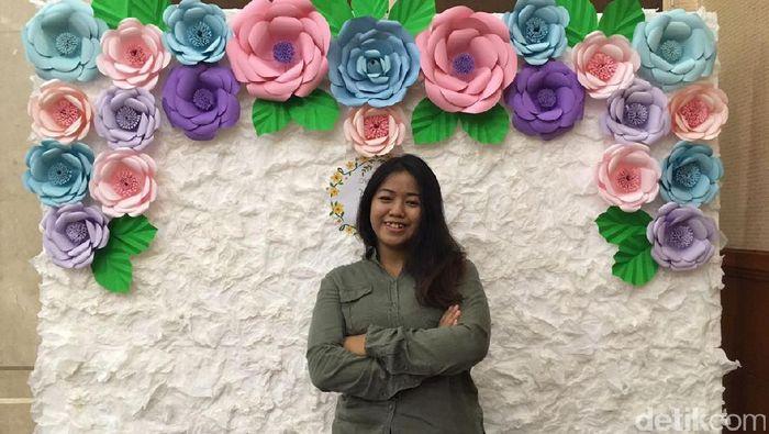 Bikin Bunga Kertas Perempuan Muda Ini Raup Rp 28 Juta Bulan