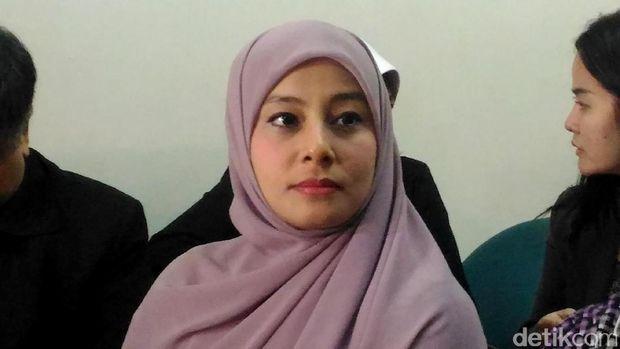 Putri Aisyah, istri Ustad Al Habsyi
