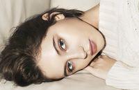 Putri Cantik Jude Law Eksis Jadi Model Burberry