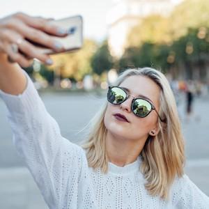 Mau Pamer di Instagram, Wanita Ini Ngutang Rp 284 Juta untuk Liburan Mewah