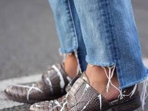 5 Sepatu Flats Gaya Baru untuk Dipadukan dengan Celana Jeans