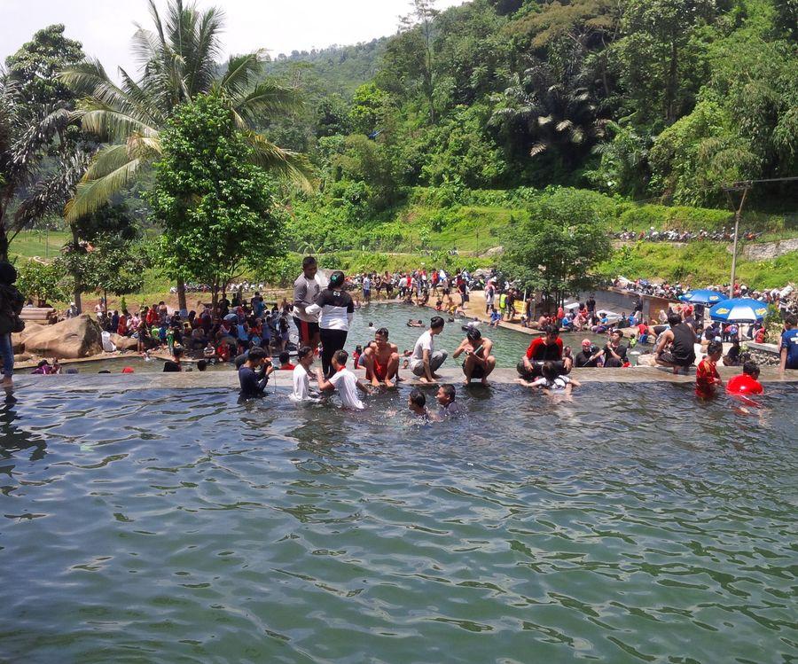 wisata alam taman batu kabupaten purwakarta jawa barat Wisata Alam Taman Batu Purwakarta SEPIL ALAM STONE