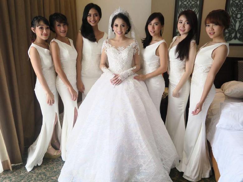 Soal Budget Resepsi Pernikahan Kezia Karamoy di Dua Kota