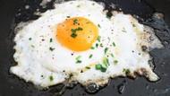 Cara Jitu Ini Bisa Bikin Telur Goreng Jadi Lebih Sehat dan Matang Sempurna