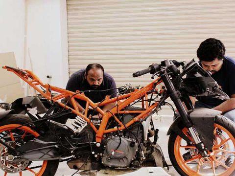 Ini Motor Sport Listrik Pertama dari India