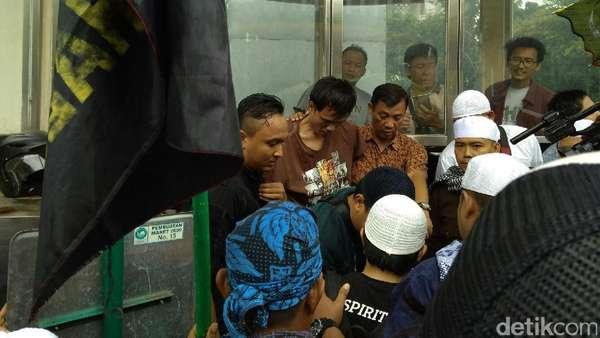 Polisi Tangkap Pria Diduga Copet di Masjid Istiqlal