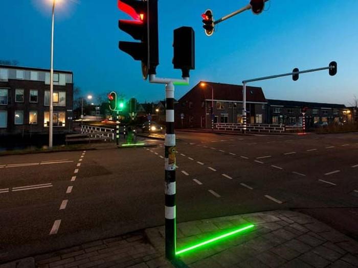 lampu lalu lintas buat yang suka main hp