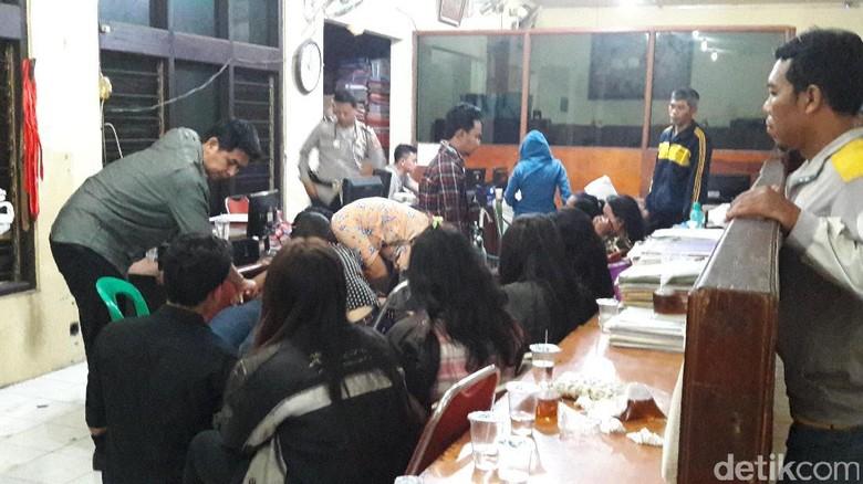 Polisi Bongkar Judi Online di Bogor, 24 Orang Ditangkap