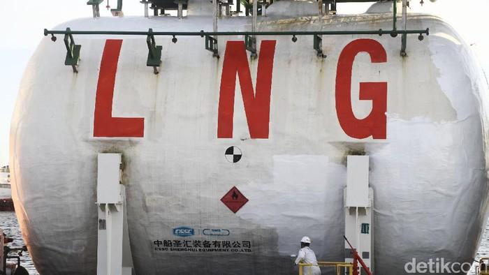 Terminal Penerimaan dan Regasifikasi LNG Tanjung Benoa. bali