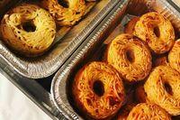 Mau Donat atau Spaghetti? Keduanya Ada Dalam 'Spaghetti Doughnut' yang Lagi Populer Ini