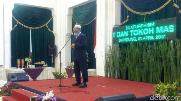 Di Bandung, Zakir Naik Doakan Indonesia Diberi Pemimpin yang Baik