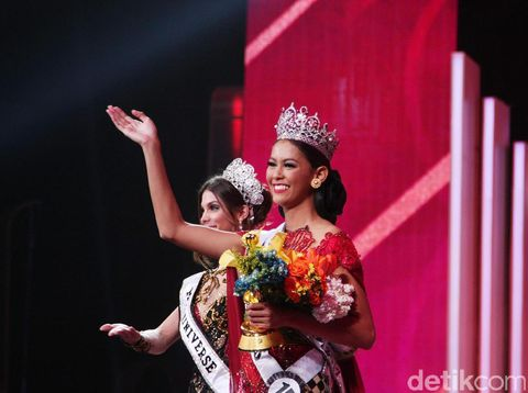 Bunga Jelitha Ibrani dari DKI Jakarta Juara Puteri Indonesia 2017