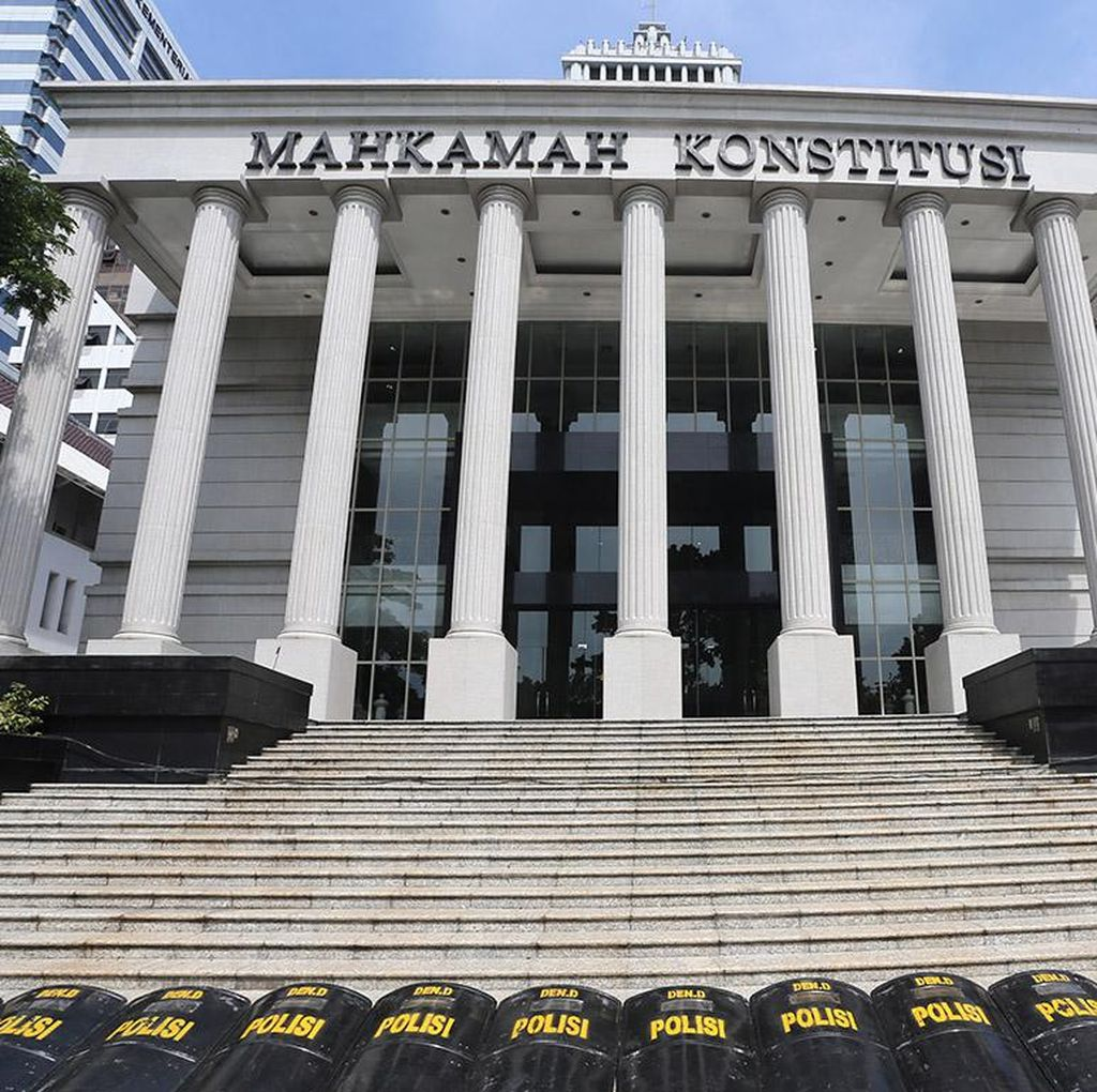 Bertameng Undang-undang, MK Jawab Kritik Pendeknya Masa Sidang
