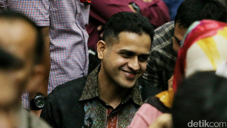 Tawa Kecil Nazaruddin Saat Ditanya Jaksa Soal Yasonna Laoly