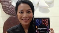 Catat! Dee Lestari Ingatkan Pentingnya Riset saat Nulis Buku
