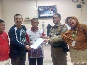 Dinsos Jaksel Selamatkan Lansia yang Sempat Hilang di Bintaro