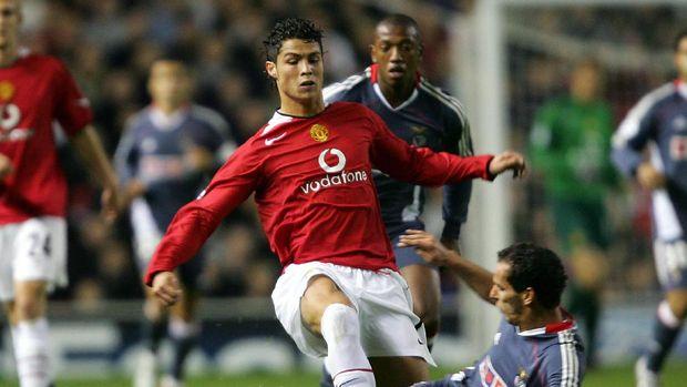 Manchester United harus membayar mahal jika ingin memulangkan Ronaldo.