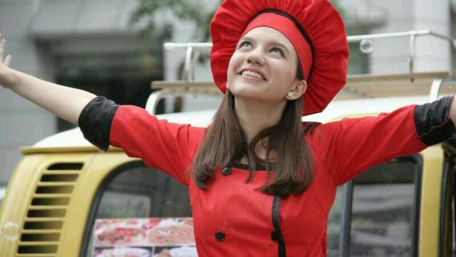 Cassandra Lee, dari Chef Hingga BMX