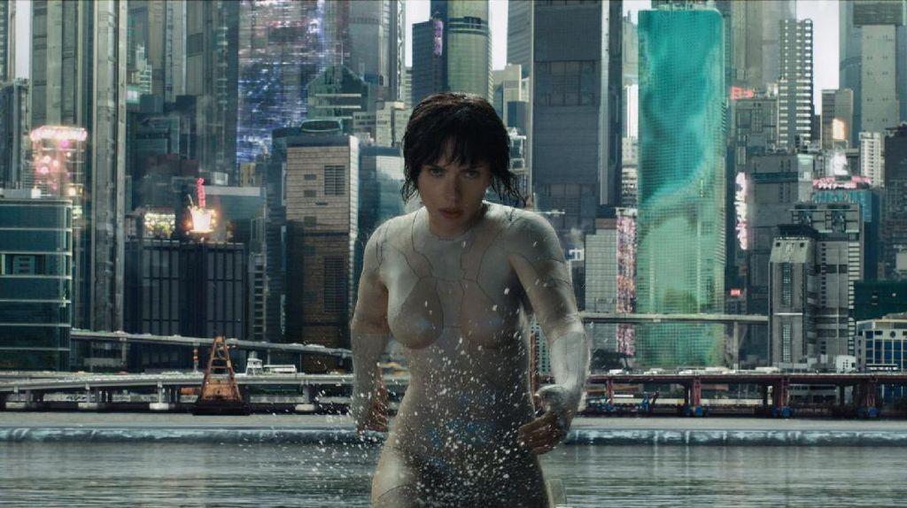 Sinopsis Ghost in the Shell, Aksi Scarlett Johansson Jadi Polisi Robot
