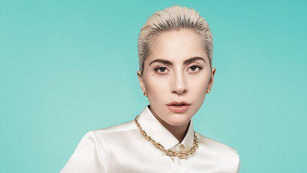 Cantiknya Lady Gaga Tampil Anggun di Iklan Tiffany & Co.