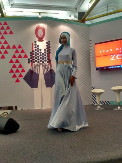 Ivan Gunawan Pamer Koleksi Busana Muslim Bersama Zoya