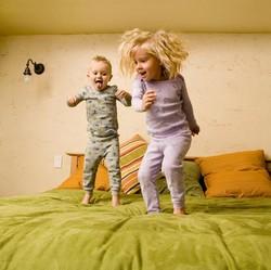 Umur Berapa Anak Bisa Menginap di Rumah Saudaranya Tanpa Ortu?