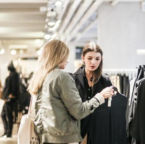 Mengenal Low Touch Economy, Cara Brand Fashion Beradaptasi Pascapandemi