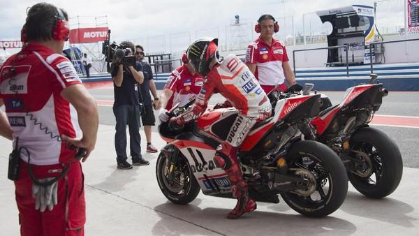 Lorenzo Mulai Nyaman dengan Ducati