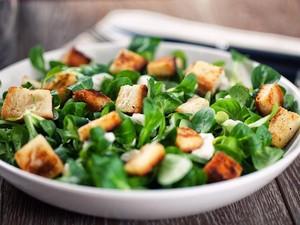 Kalau Mau Cepat Turunkan Berat Badan, Seringlah Makan 6 Sayuran Ini