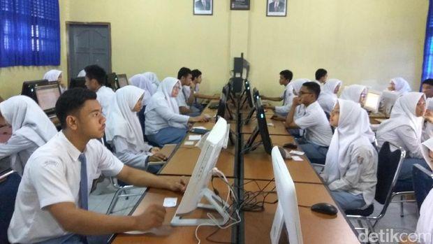 55 786 Siswa Aceh Jalani Un Gubernur Harap Dapat Hasil Terbaik