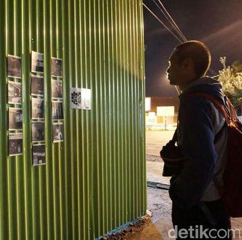 Street Art; Ketika Seniman Purwokerto Pameran Foto di Pagar Toko