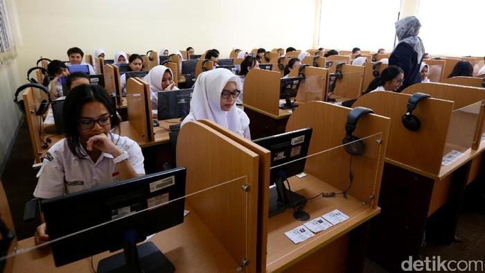 Ilustrasi siswa SMA (Foto: Hasan Al Habshy)