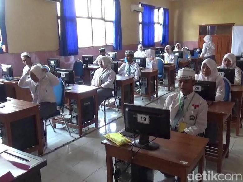 UNBK Hari Pertama di Kota Probolinggo Diwarnai Listrik Padam
