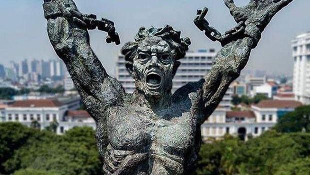 Patung Pancoran Bercitra Keras dan Simbolkan Nasionalisme